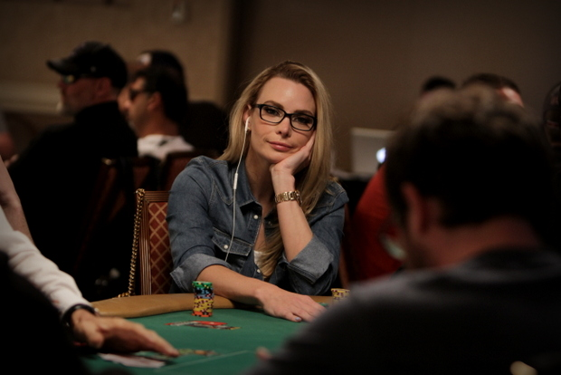 Wsop 2015 Main Event Poker Live Updates Photos And Chip