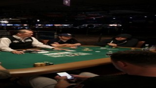 WSOP 2015 Main Event Day 2AB 4