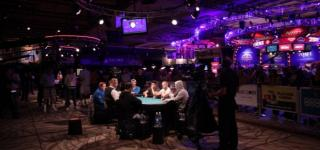 Side table 2015 WSOP Main Event Day 2