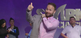 negreanu wins shark cage2