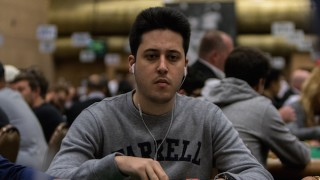 Adrian Mateos Day2C Main Event