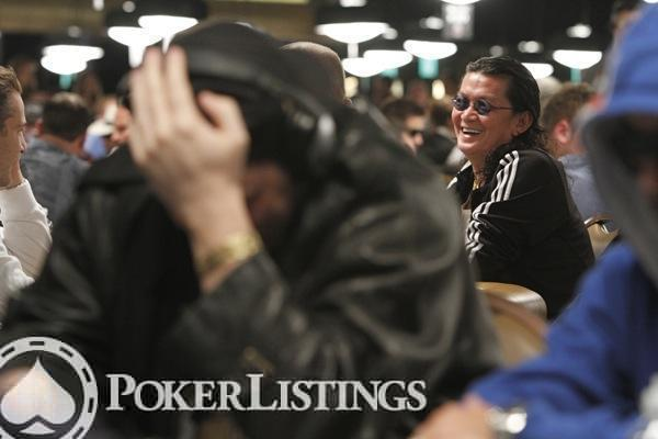 Scotty Nguyen Laughs at Phil Hellmuth