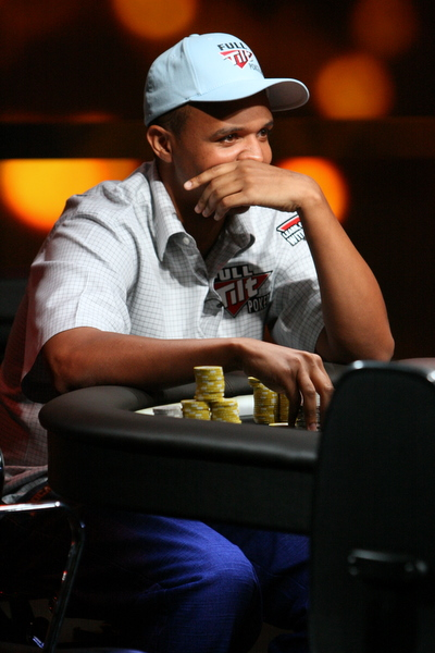 Play poker phil ivey