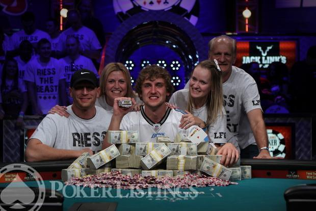 Ryan Riess Wins 2013 WSOP Main Event 18