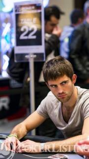 CroppedImage180320 Matthew Ashton2013 WSOP EuropeEV0710K NLH Main EventDay 1BGiron8JG2079 Beginner Poker Tips from Pros: Matt Ashton Helps You Pick the Right Game