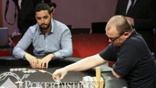 Holdem squeeze play