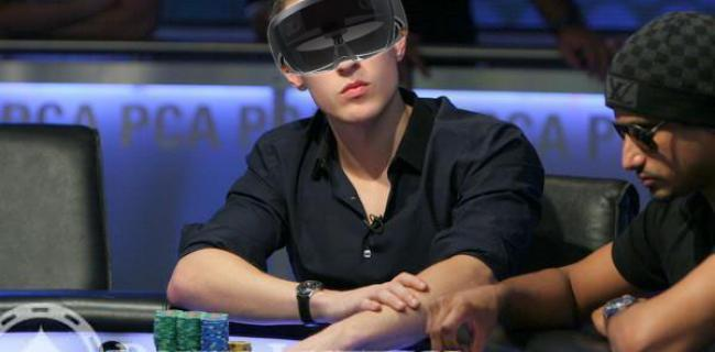 How Microsoft's Wild HoloLens Could Change Live Poker Forever