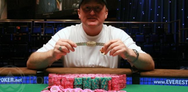 Kassela Grapples With Newfound Stardom at WSOP