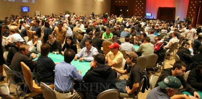 Fuggedaboudit! Day 1 at the Borgata Poker Open