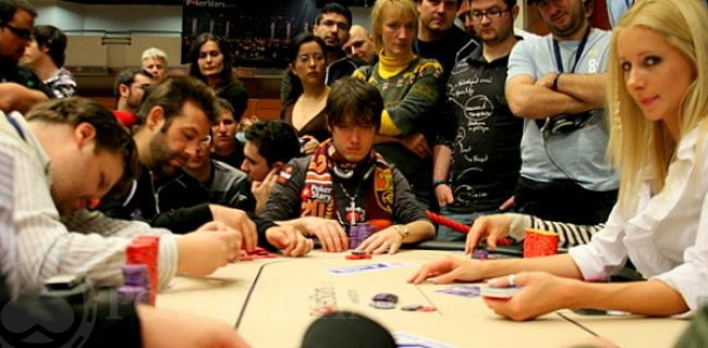 Czechs Bouncing! Down to 32 at EPT Prague