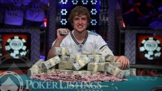 Ryan Riess Wins 2013 WSOP Main Event 15