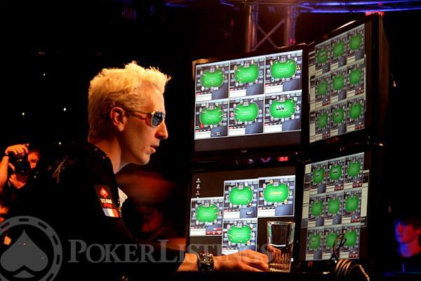 is there a poker site that accepts paypal