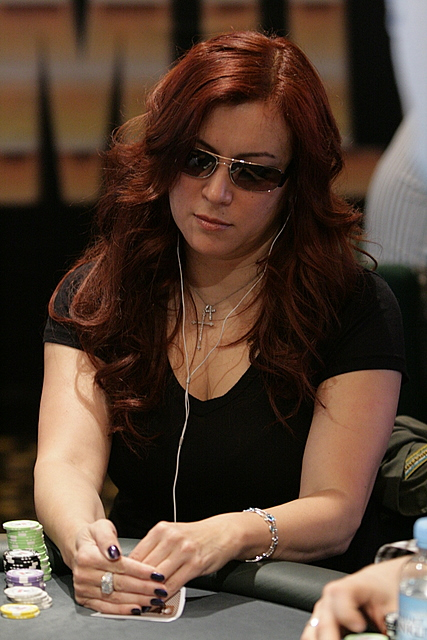 "Texas Calculator Online >> Jennifer Tilly | Poker Player Profile | ""The Unabombshell"""