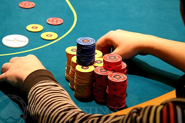 Poker when to continuation bet