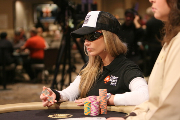 vanessa poker player